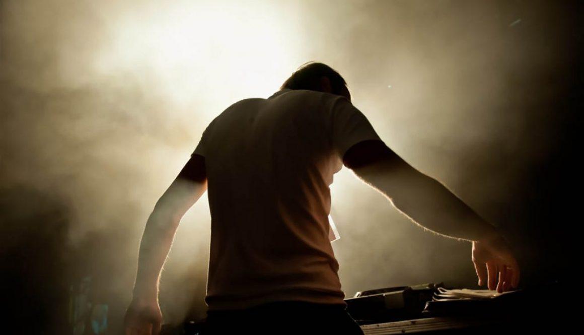 Surprise DJ – Guess who?